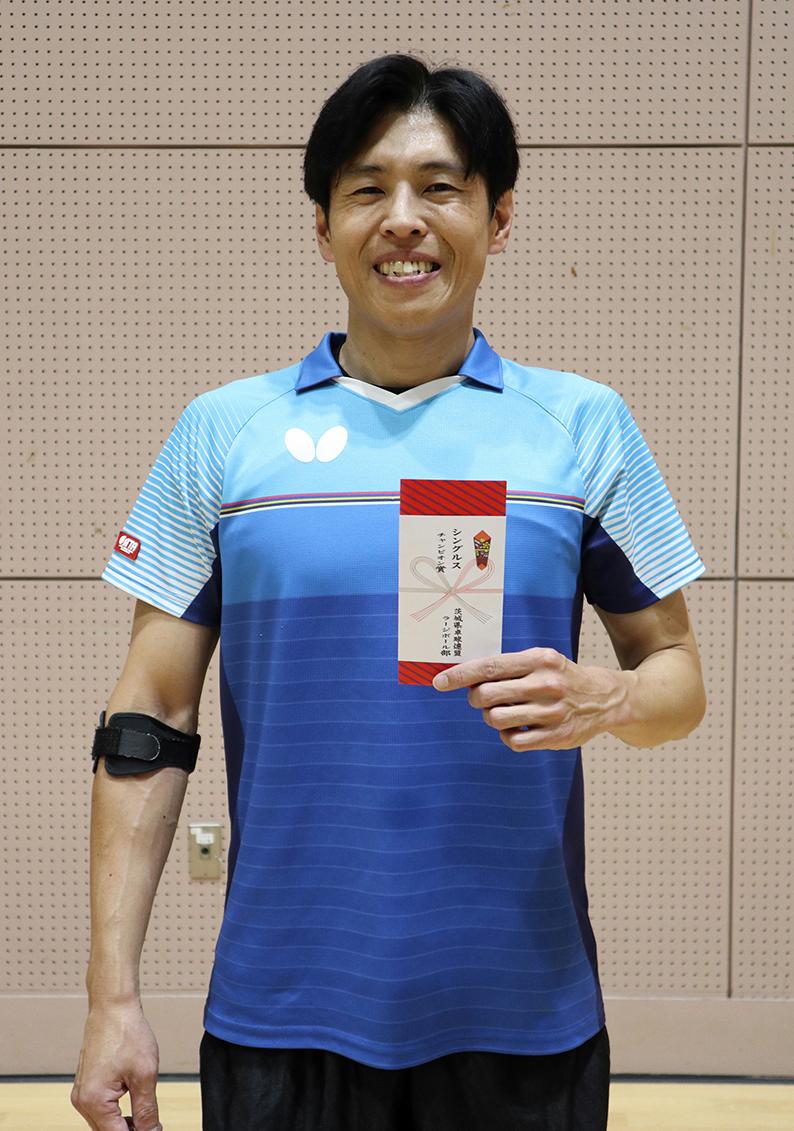 チャンピオン 中泉 仁選手(Twinkle )